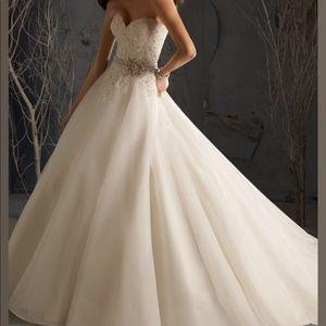 Women\'s Bedazzled Wedding Dress on Poshmark